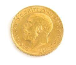 A George V full gold sovereign, 1912.