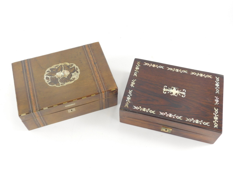 A 19thC and later rosewood and mother of pearl jewellery box, of rectangular form with mother of pea - Image 2 of 2