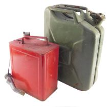 A Wavian 20ltr Jerry can, together with a red petrol can. (2)