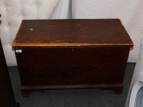 A Victorian scumbled pine blanket chest, grain painted as flamed mahogany.