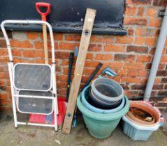 Various garden effects, snow shovel, plastic planters, spirit level miniature step ladder, etc.