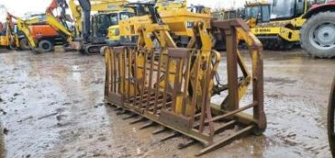 10FT HEAVY DUTY PUSH OFF BUCKRAKE HAS JCB FITTINGS BUT COULD EASILY CONVERT TO 3POINT LINKAGE