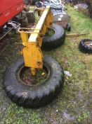 TWO WHEEL SILAGE PUSHER (CONE AND PIN)
