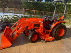 KABUTO B30/30HST COMPACT TRACTOR 245 HOURS LOADS +5FT CUTTING DISC 2009 VGC 3POINT LINKAGE