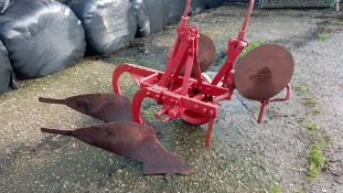 DAVID BROWN 2 FURROW PLOUGH - 2 PAIRS OF DISCS BUT ON SKIMMERS