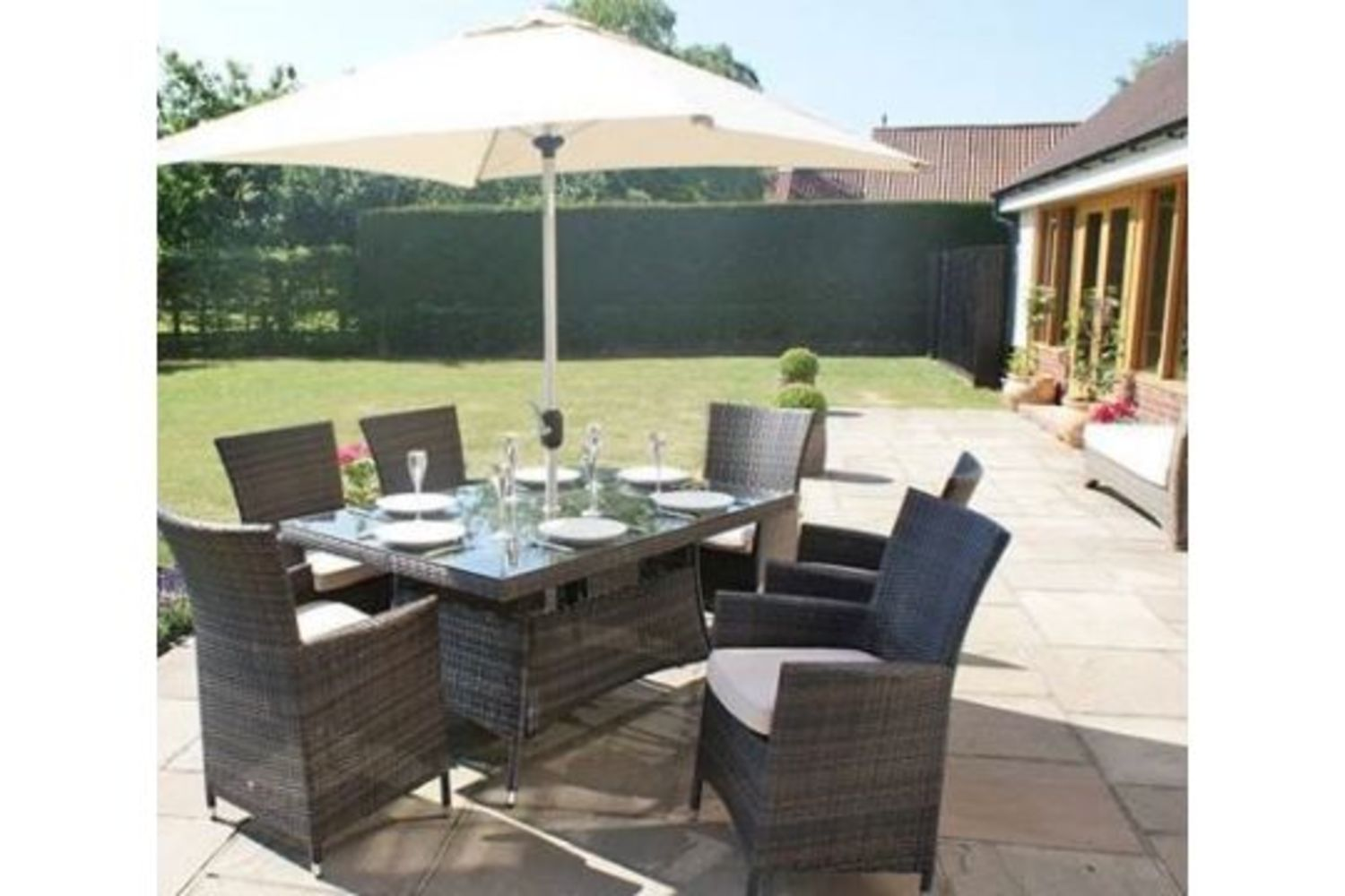 Brand New Rattan Garden Furniture: Including Dining Sets, Sofa Sets, Sun Loungers and More