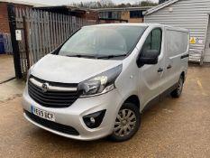 + VAT Grade A Vauxhall Vivero 2700 Sport CDTI Van - RE69 BCF - Two Previous Owners - Two Keys -