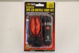 + VAT Brand New 2 Piece LED Bicycle Light Set With White Lamp With Flashing Mode And Red Light