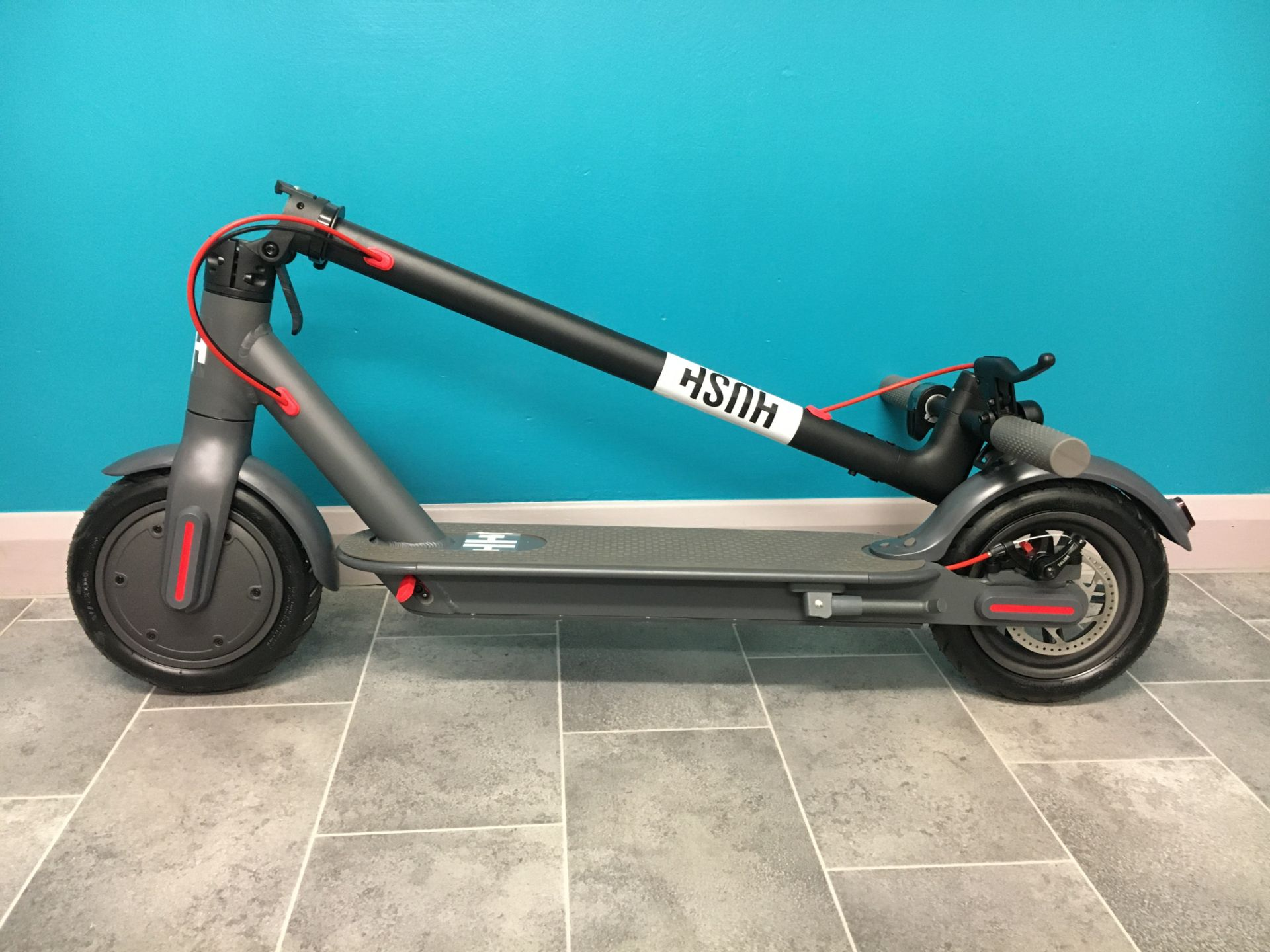 + VAT Brand New Hush Foldable Electric Scooter - Three Speeds - Max Speed 25km/h - ABS Disc - Image 2 of 4