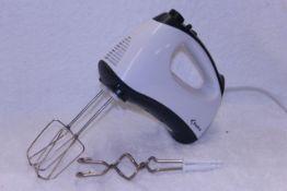 + VAT Brand New Delta Kitchen Hand Mixer 300w Powerful Extra Long Beaters & Dough Hooks-5 Speeds-