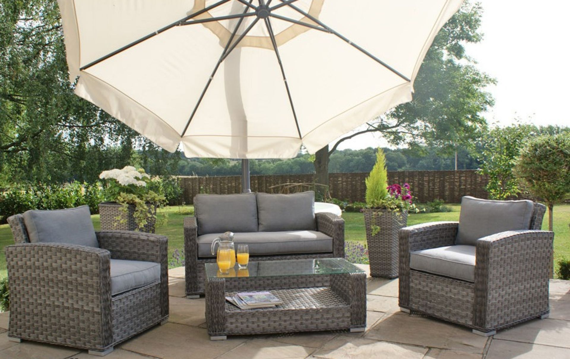 + VAT Brand New Chelsea Garden Company 4-Piece Grey Rattan Outdoor Sofa Set With Grey Cushions -