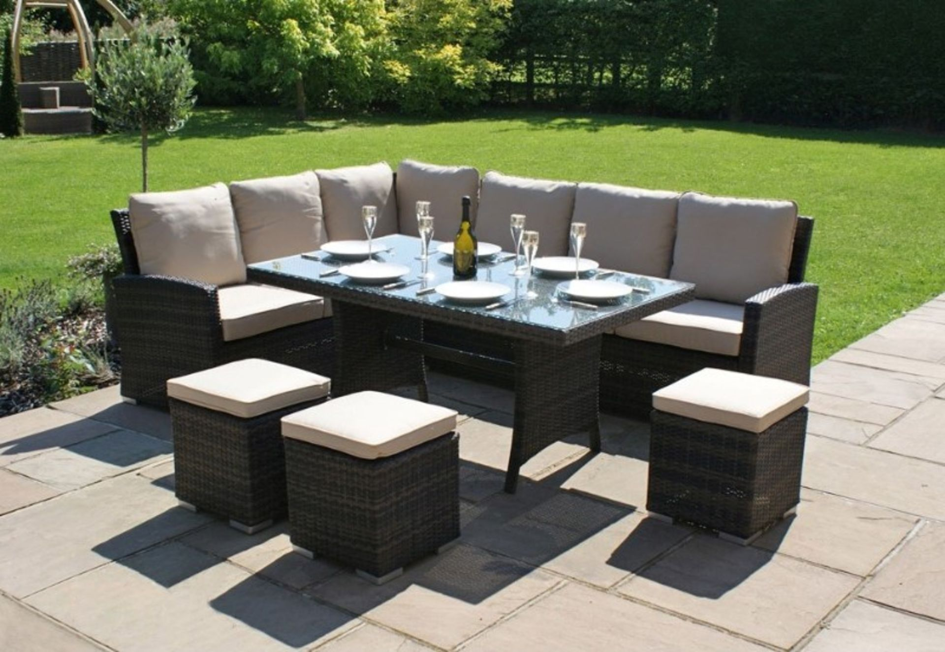 + VAT Brand New Chelsea Garden Company 8-Seater Brown Rattan Corner Dining Set With Ivory - Image 2 of 3