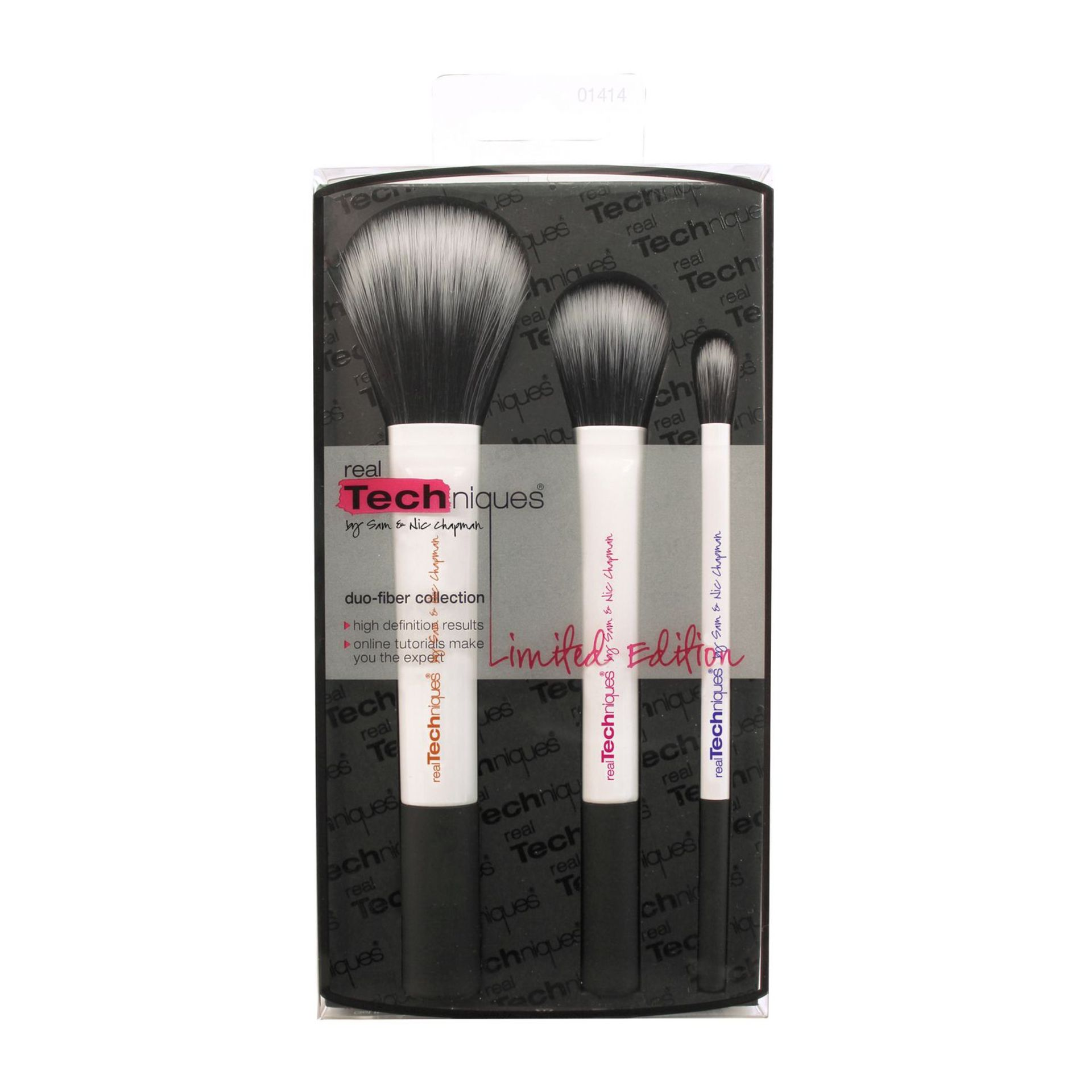 + VAT Brand New Real Techniques Duo Fibre Brush Collection