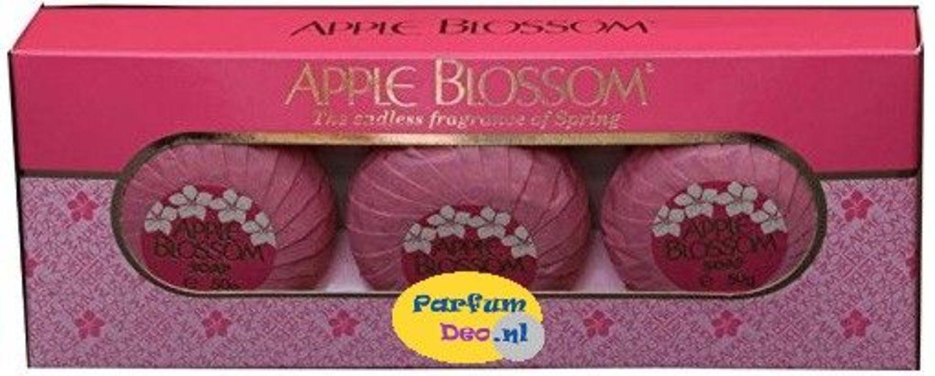 + VAT Brand New Apple Blossom 3X50G Soaps