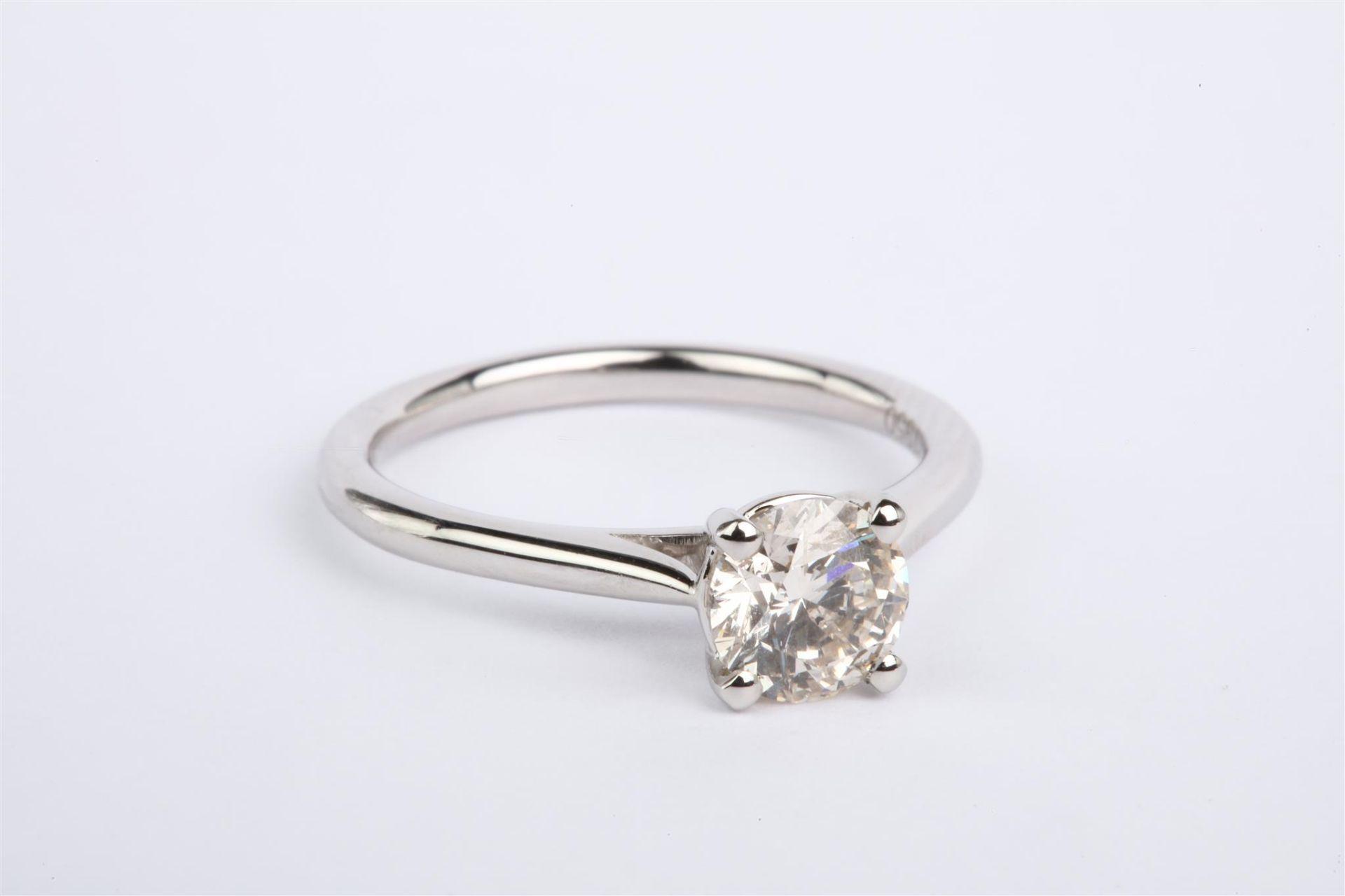 + VAT Platinum Ring Set With 1ct Solitaire Round Cut Diamond