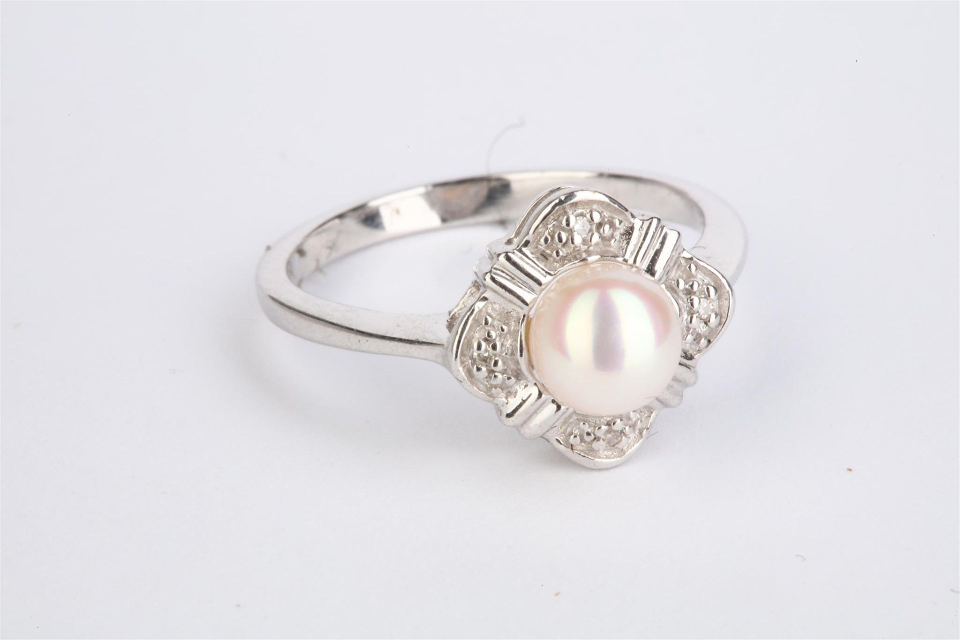+ VAT Ladies Silver Pearl & Diamond Ring With Central Opal