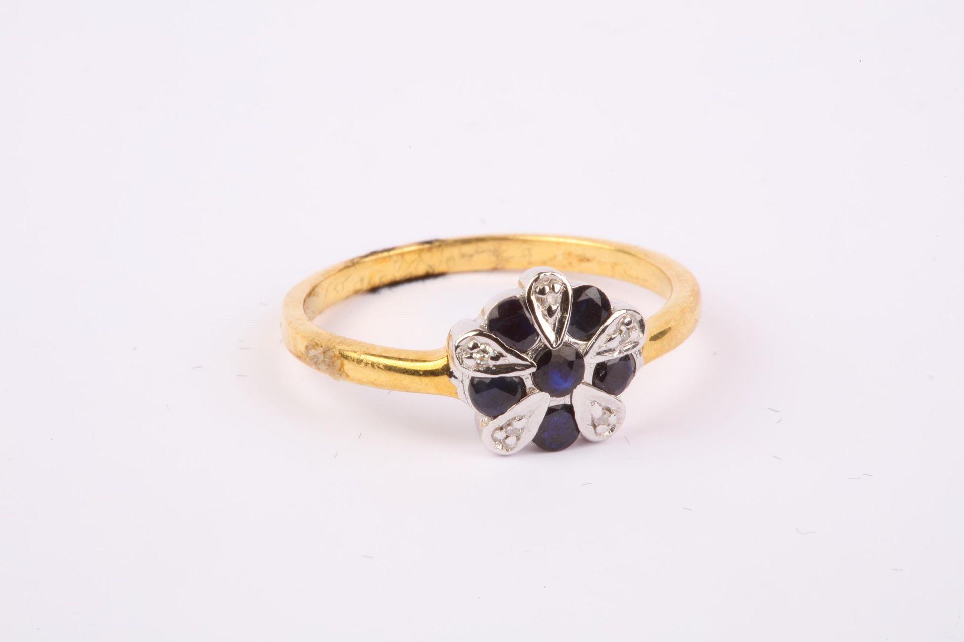 + VAT Brand New Black Onyx Flower Design Ring