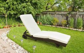 + VAT Brand New Chelsea Garden Company Dark Brown Rattan Sunlounger - Item is Immediatley Available