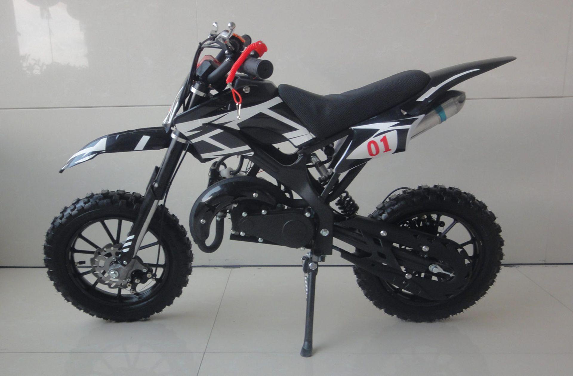 + VAT Brand New 49cc Falcon Mini Dirt Bike - Full Front & Rear Suspension - Disc Brakes - Easy Pull - Image 6 of 6