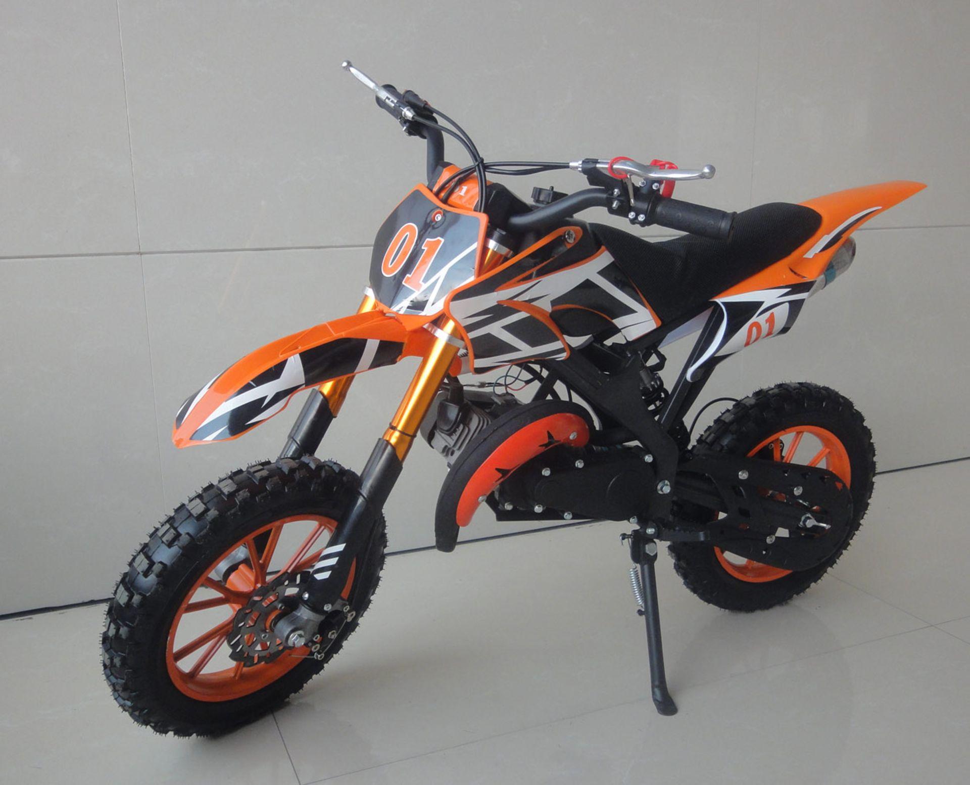 + VAT Brand New 49cc Falcon Mini Dirt Bike - Full Front & Rear Suspension - Disc Brakes - Easy Pull - Image 5 of 6