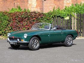 1971 MG B Roadster Restored at a cost of c.£33,000