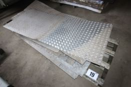 CONTENTS ON PALLET OF ALUMINIUM CHEQUER PLATE. FORKLIFT CHARGE £8