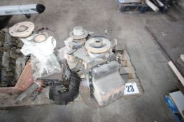 MG 4 CYLINDER PETROL ENGINE & GEARBOX. FORKLIFT CHARGE £4. RED BOX ON SIDE OF PALLET NOT INCLUDED.