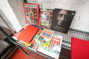 8x BOOKS INCLUDING 'HISTORY OF MAN UNITED', 'THE WORLD'S GREATEST FOOTBALL MATCHES', 'RED