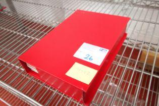 SINGLE RED MANCHESTER UNITED MATCH DAY PROGRAM FOLDER, SEASON 1991 / 92, APPROXIMATELY 25x PLUS