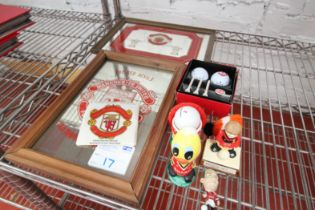 2x SMALL MANCHESTER UNITED MIRRORS, SMALL MANCHESTER UNITED COASTER, MANCHESTER UNITED GOLF BALL