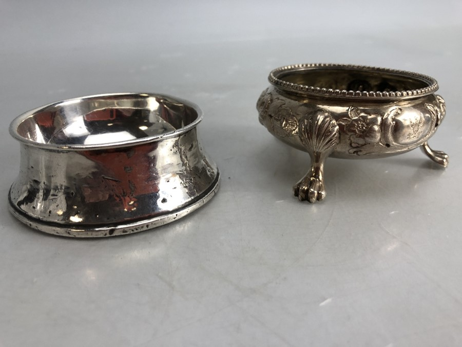 Silver hallmarked salt and a silver hallmarked pin dish - Image 3 of 7