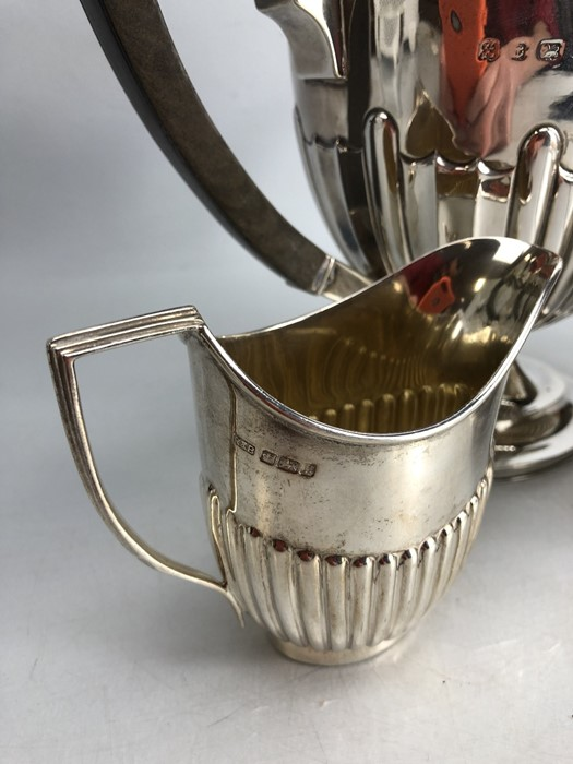 Silver hallmarked three piece tea set to include a large teapot (approx 702g) milk jug (approx 103g) - Image 2 of 5