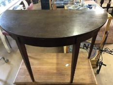 Half moon / D-end table, diameter approx 115cm