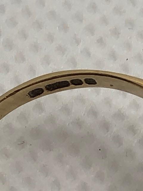 Hallmarked 9ct Gold daisy garnet ring size 'O' - Image 6 of 6