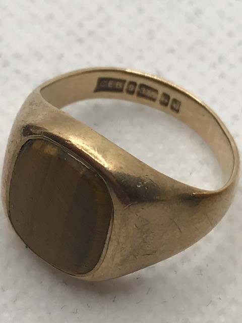 Two 9ct Gold rings approx 7.6g sizes 'G' & 'M' - Image 2 of 3