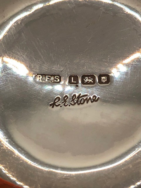 Two Silver hallmarked bowls the larger approx 12cm Diameter total weight 112g - Image 9 of 9