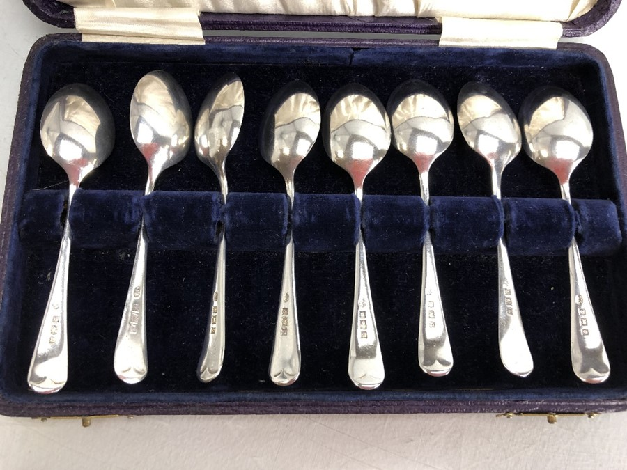 Boxed set of eight Silver hallmarked teaspoons by maker Arthur Price & Co Ltd - Image 4 of 5