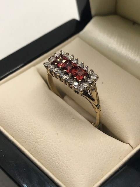 Hallmarked 9ct Gold Boat ring size 'Q' - Image 3 of 5