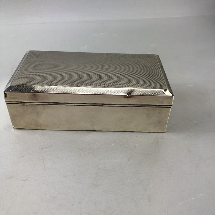 Mappin & Web Hallmarked Silver cigarette box total weight approx 434g - Image 6 of 8