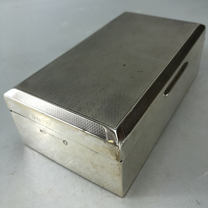 Mappin & Web Hallmarked Silver cigarette box total weight approx 434g