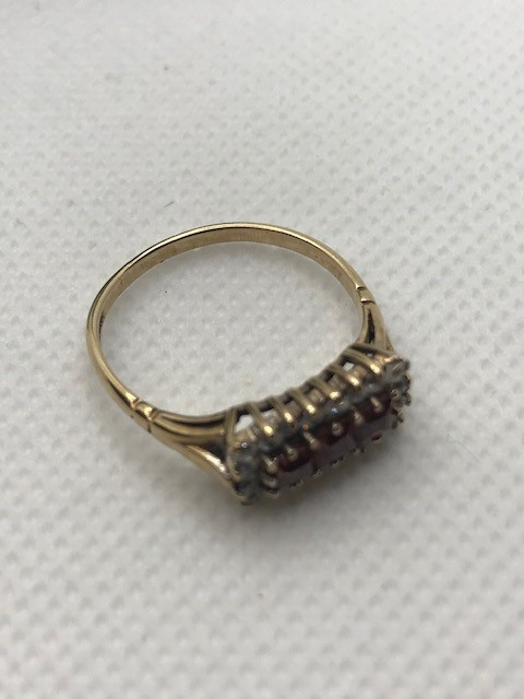 Hallmarked 9ct Gold Boat ring size 'Q' - Image 4 of 5