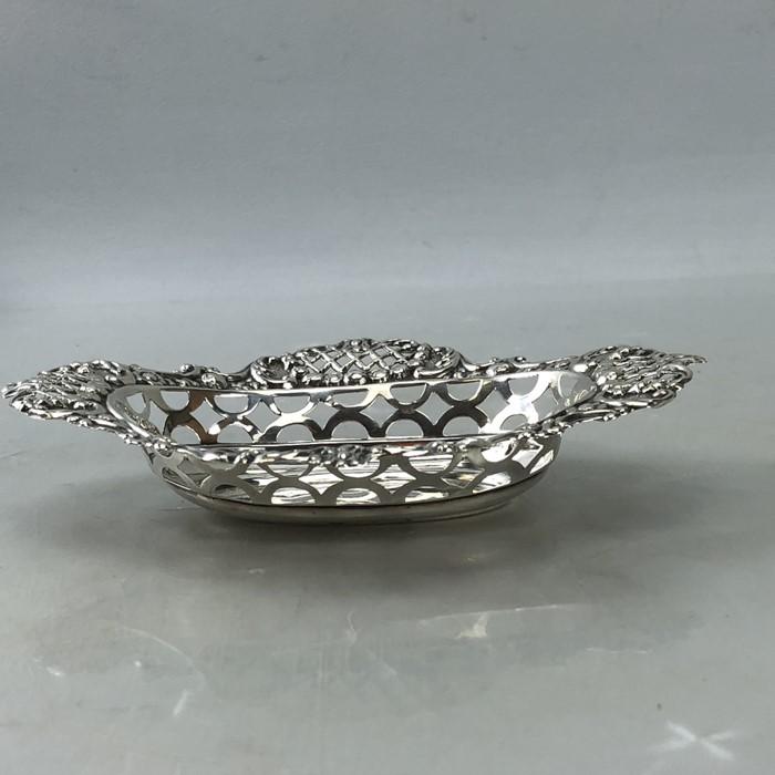 Edwardian Hallmarked Birmingham Silver bon bon dish approx 46g 1904 - Image 3 of 6