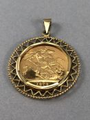 Gold Half Sovereign dated 1979 in 9ct Gold Mount (total weight 10g)