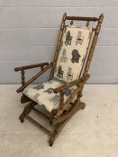 American-style rocking chair with front castors and rocking springs
