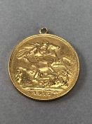 1915 Full Sovereign with additional necklace loop