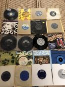 Collection of Vinyl 45's / singles to include Ringo Starr, Four Tops, Sonny and Cher