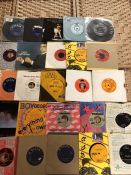 Collection of Vinyl 45's / singles to include Ringo Starr, Robert Palmer, Steve Harley, Elvis