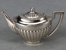 Birmingham silver hallmarked Miniature Teapot Birmingham 1907 by Levi & Salaman