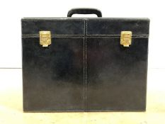 Large blue leather vanity case, approx 36cm x 26cm x 27cm tall