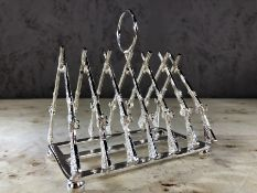 Rifle toast rack, approx 11cm in height
